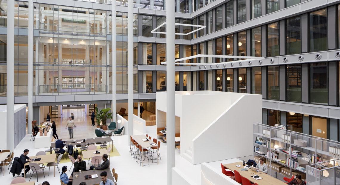 c41cd944df Realitní poradenská společnost JLL úspěšně zajistila prostory pro dvě nové  pobočky světového poskytovatele sdíleného pracovního prostředí Spaces. V ...